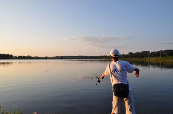 """中国R语言会议T恤与Ada Hayden湖边的渔夫"""""""